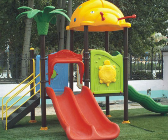 體育設施、幼兒園滑梯、室外健身器材