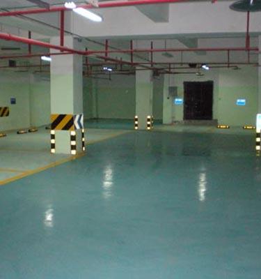 龙湾半岛地下停车场