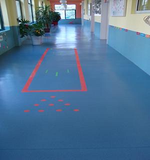 幼儿园走廊通道
