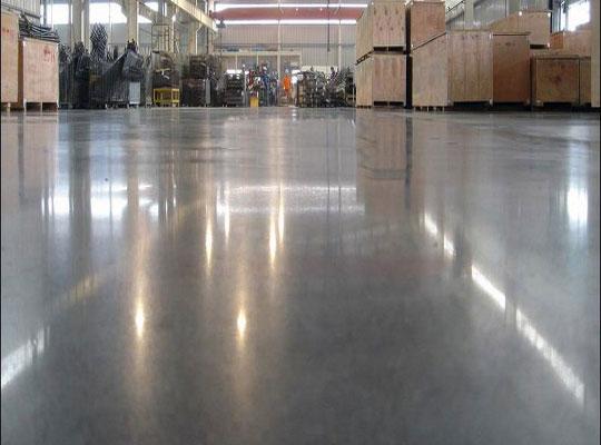 如何改善粗糙地面混凝土固化剂光泽?