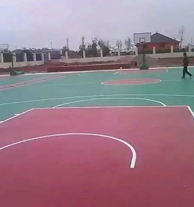 江西省南城县凤凰小学1000平方米硅PU球场已完工