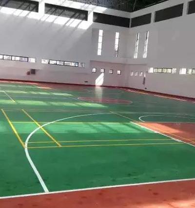云南昭通公安局蓝球场