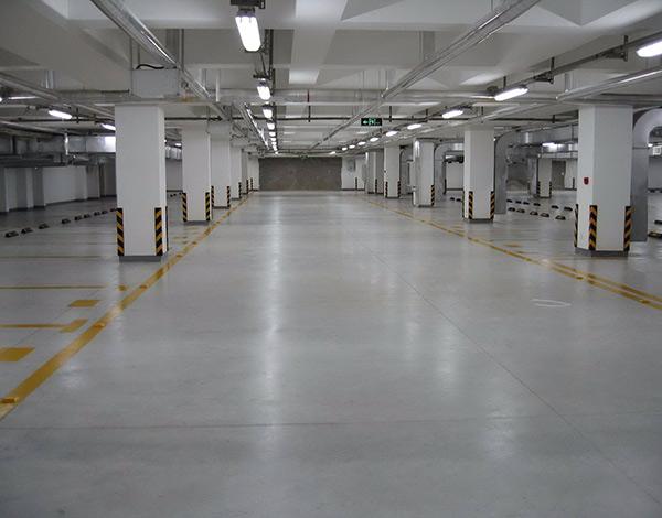 停车场本色混凝土密封固化剂地坪