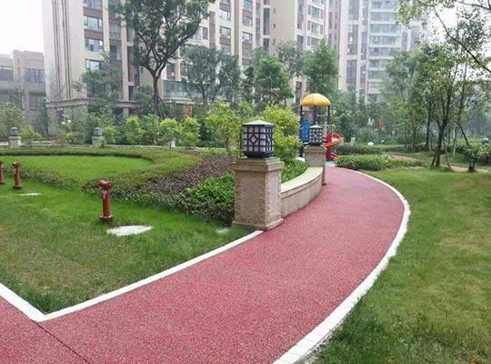 应用于人行道、自行车道的透水地坪和耐磨地坪