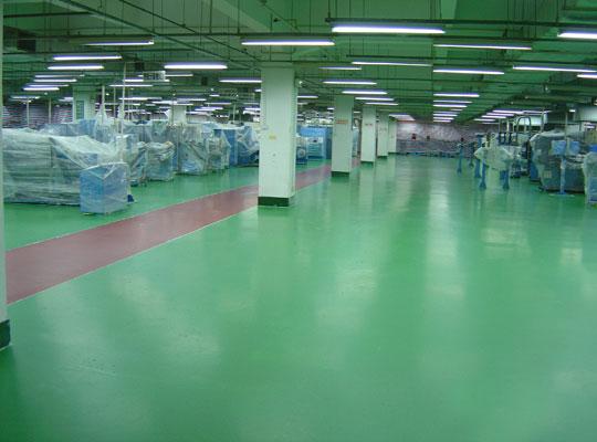 地坪漆涂装需要谨防灰尘沉降造成漆膜起粒