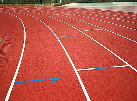 如何有效地維護塑膠跑道,保持其使用價值?